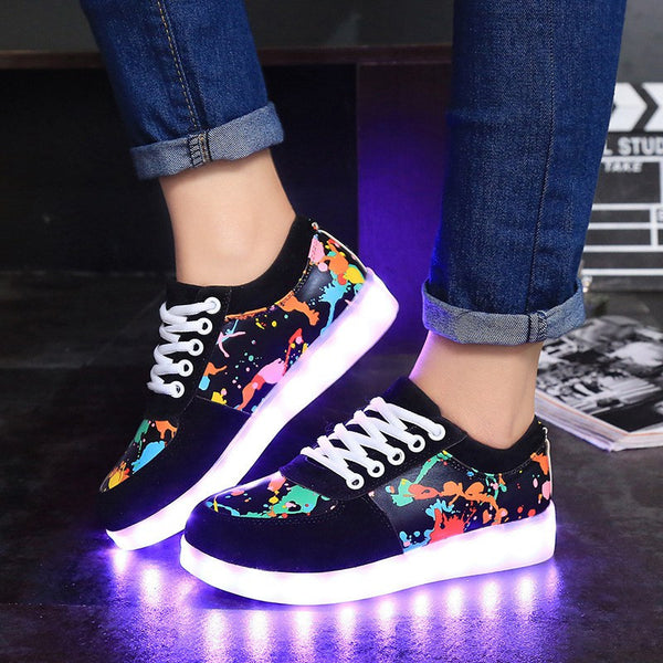LED Shoes For Adults Casual LED Luminous Men Shoes Light Up Men Casual Shoes Plus Size