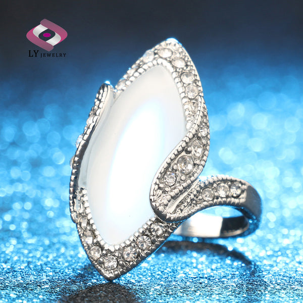 Luxury Big Oval Opal Ring Look Silver Plated White Crystal Rings For Women Gift