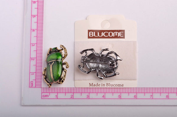 Classic Purple Insects Brooches 18K Gold Teflon Small Cockroach Brooch Enamel Pin Vintage Hats