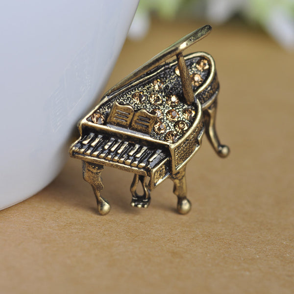 Fine Piano Brooch White Small Brooches Antique Gold Plated Brown Crystal Corsages Enamel Pin