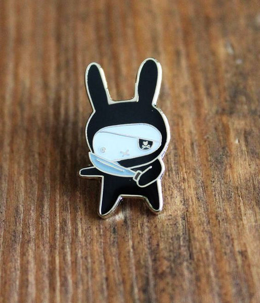 Cute Metal Rabbit Bread Skull Brooch Enamel Pin Up Collar Scarf Collar Clip Christmas Girl Gifts