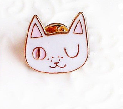 Cute Cat Metal Brooch Women Enamel Pin Up Collar Scarf Clip Collar Bag Brooch Girl Gift