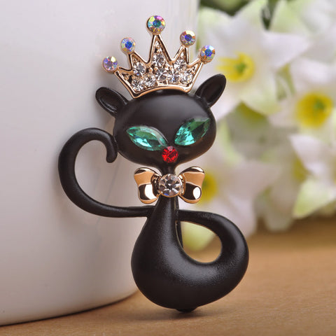 Black Crown Wolf Queen Brooches Enamel Pin Dress Suit Scarf Clips