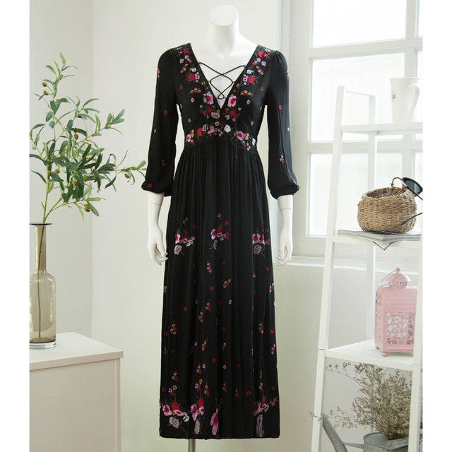 Embroidery Long Sleeve Dress V-neck Bohemia Floral Hollow out Printed Long Dress Women Party Dresses elegant 2016 New