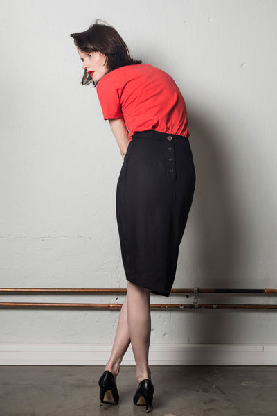 Asymmetric pencil skirt | Black