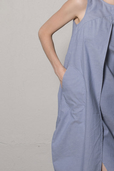 Sleeveless asymmetric dress | Light blue