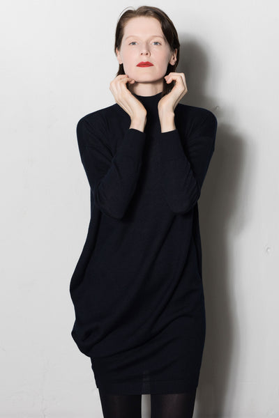 Asymmetric turtleneck knitted dress | Dark blue