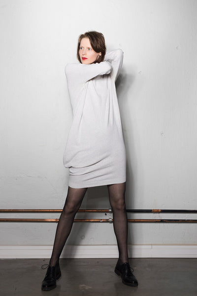 Women's asymmetric knitted dress: white