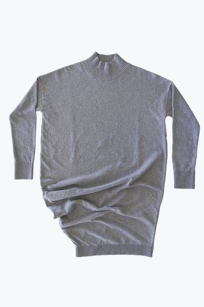 Asymmetric turtleneck knitted dress | Light grey