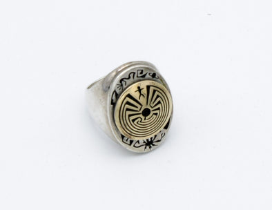 14k Gold Man in Maze Ring
