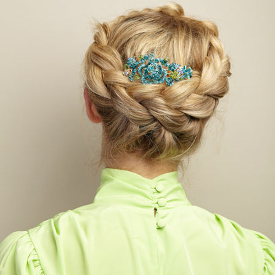 flower hair clip in blue