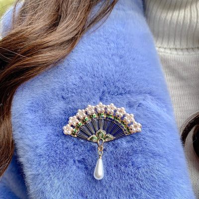 pearl drop fan brooch