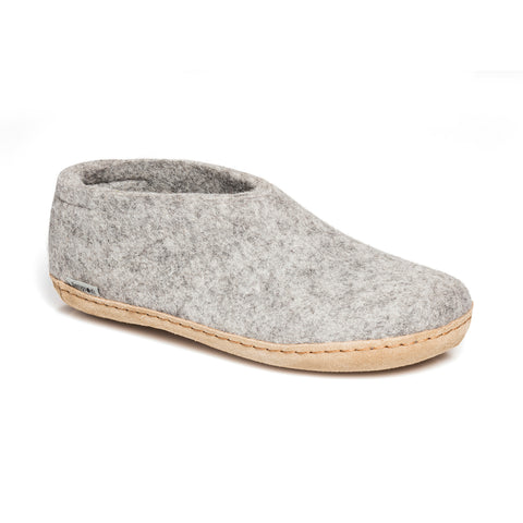 Shoe with Leather Sole in Grey