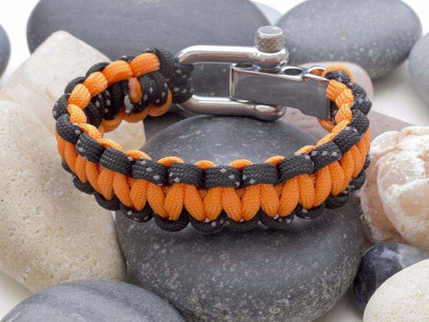 Reflective Black & Orange Paracord Bracelet