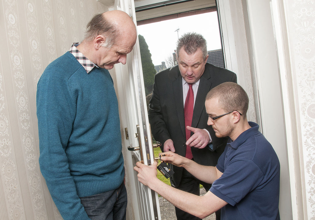 NEIGHBOURHOOD WINNER: BINGHAM MAN WINS SNAP-SECURE LOCK UPGRADE IN NATIONWIDE COMPETITION