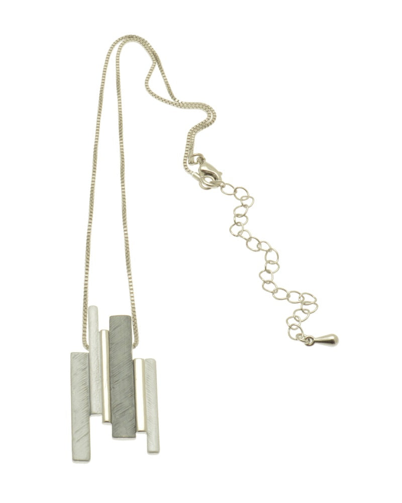 Staggerd Column Necklace