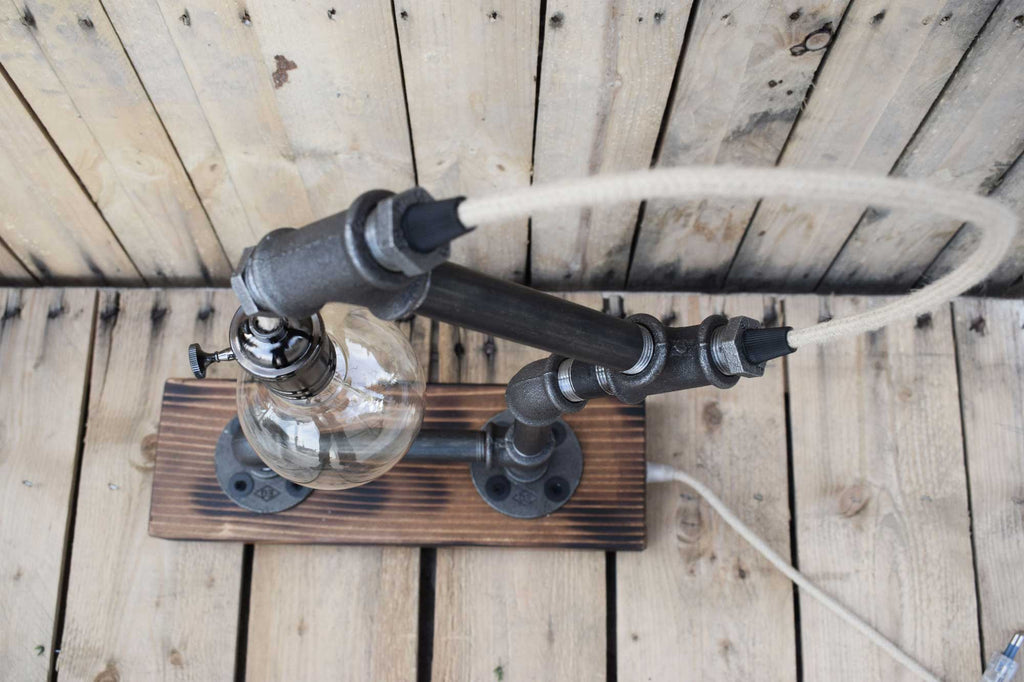 rope & pipe industrial table lamp