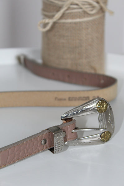 Vintage patent leather beige belt