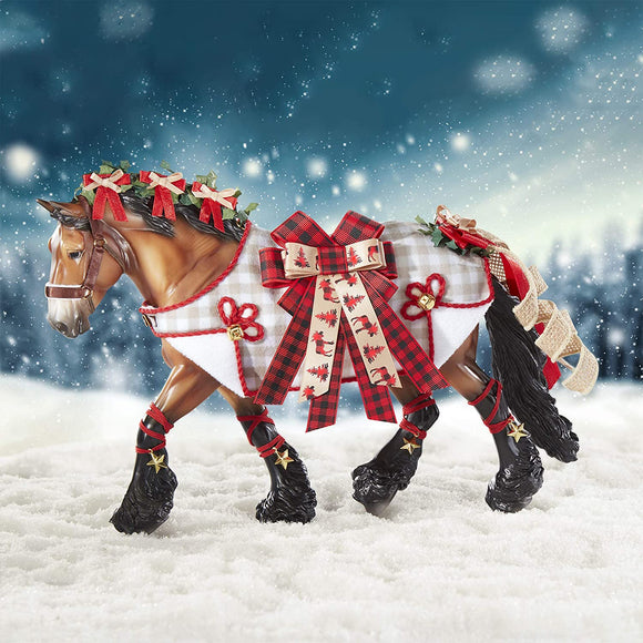 Breyer Horses 2020 Holiday Collection | Traditional Series Holiday Horse - Yuletide Greetings | Model #700123 Holiday Horse - Yuletide Greetings
