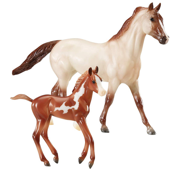 Breyer Freedom Series (Classics) Running Wild 2 Horse Set | Model Horse Toy | 1:12 Scale (Classics)| Model #62204