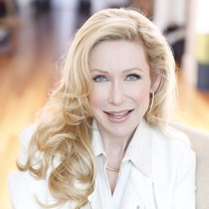 Discover Kellie's Inside Outside Approach to Beautiful Aging