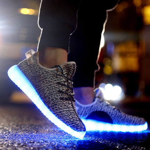 LED Shoes Yeezy alt image