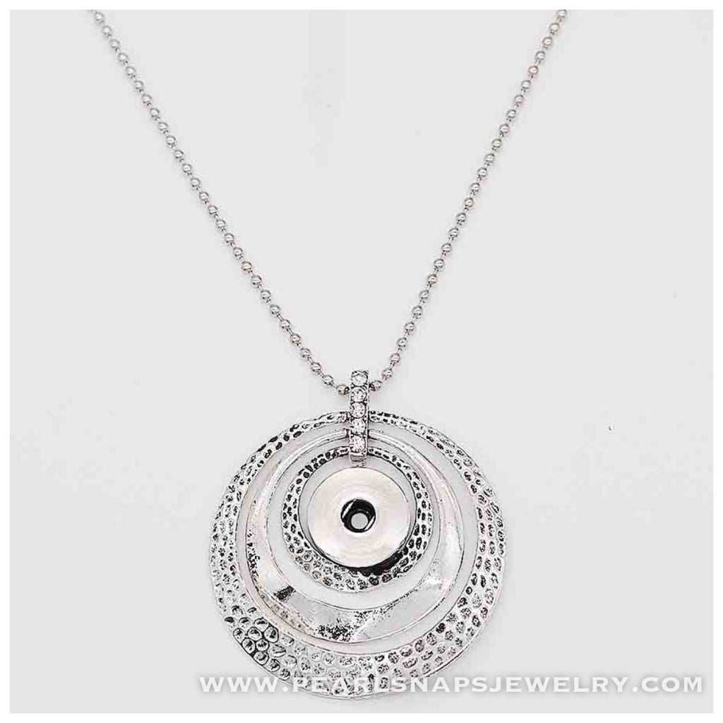 "Entourage Circle Pendant Necklace 30"" Chain"