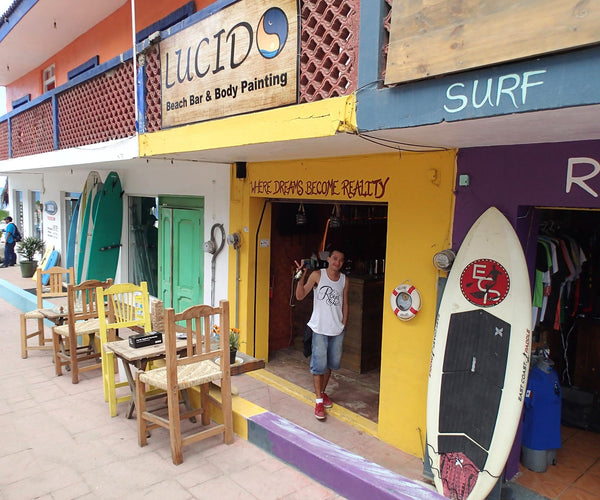 mexican surf and body paint shop sayulita