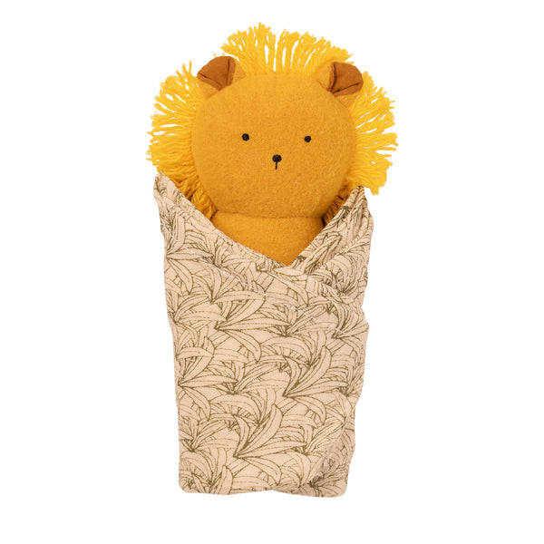 Lion Rattle + Burp Cloth