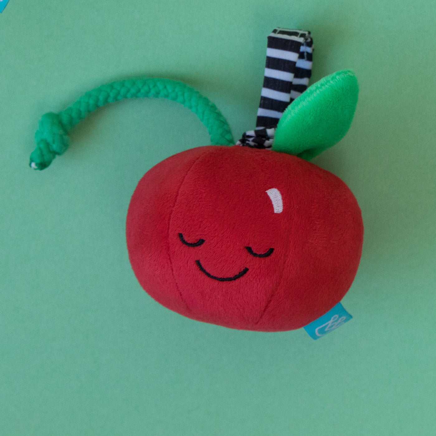 Mini-Apple Farm Cherry Pull Musical