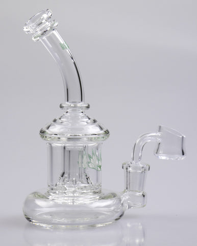 Green Flash Glass rig with 14mm female ground joint and skirted perk. The dry bottom works great for reclaiming your concentrates!