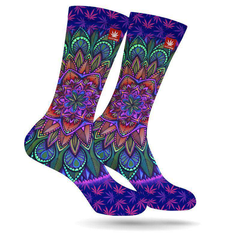 MANDALA WEED SOCKS (UV REACTIVE)