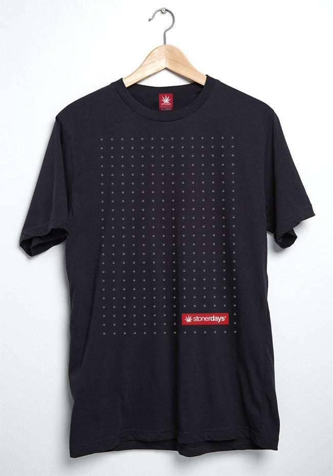 MEN'S GRID LOGO TEE
