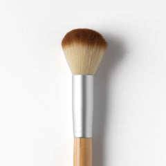 Blush and Highlighter Brush - Professional makeup brushes