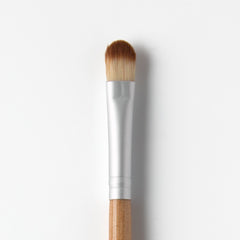 Medium Eyeshadow Brush - Professional makeup brushes