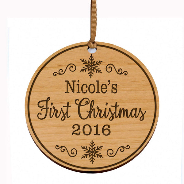 Personalized Baby's First Christmas Ornament New Parent gift ideas for newborn boys and girls Custom engraved wooden ornament for mom dad and grandparents (1st Christmas 2016)