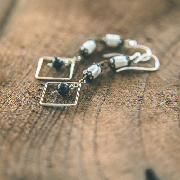 Touch the Sky: Black Spinel and Pearl Earrings