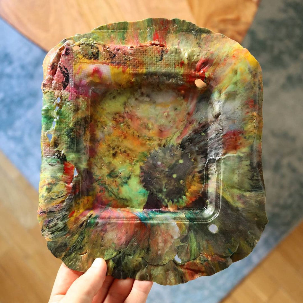Agustin Arroyo (flowalistik) experiments with up cycled plastic for thermoforming