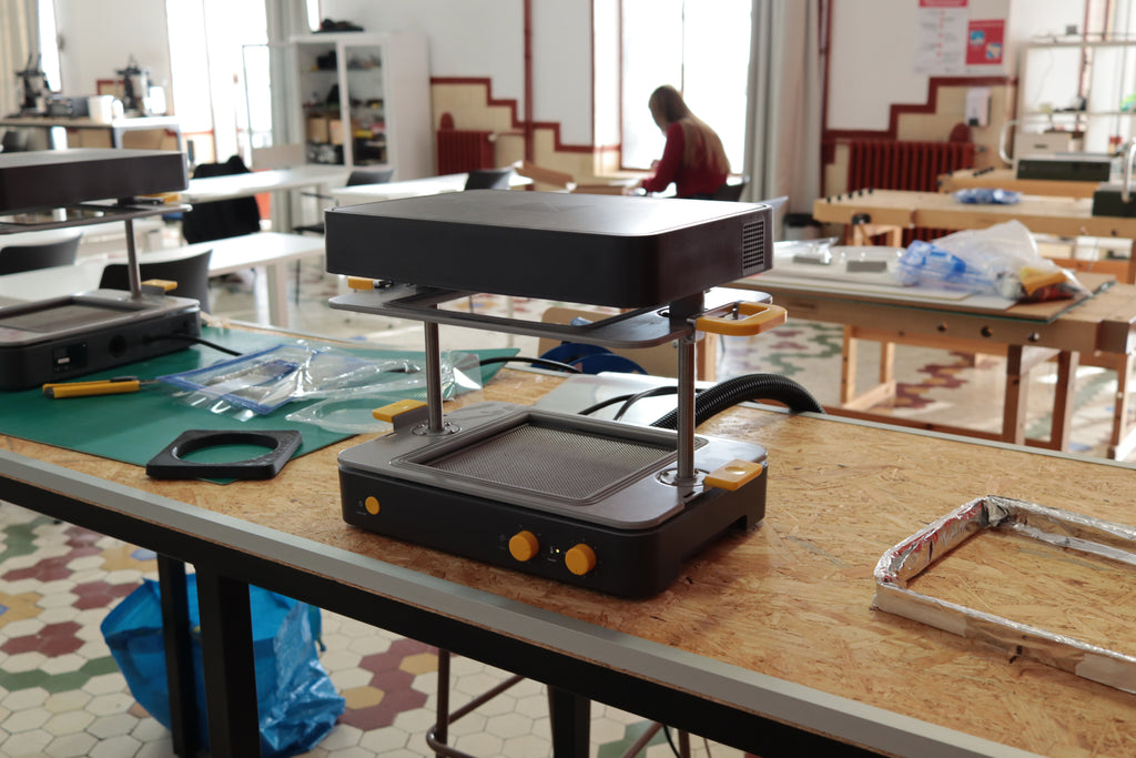 How the Mayku FormBox is used to teach in a University in Spain with Agustin Arroyo
