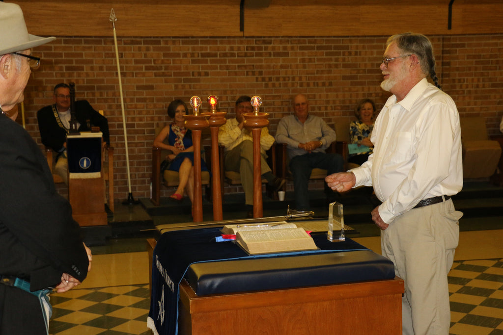 Captain Billy Sandifer Receives Community Builder Award from Masonic Lodge 3/16/2016