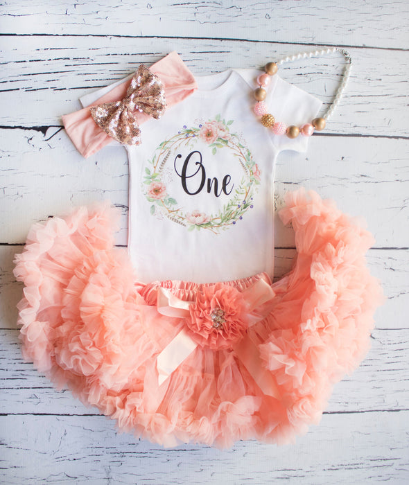 First birthday outfit girl, Girl 1st birthday outfit, Glitter Gold Outfit, Birthday Outfit, 1st Birthday, Glitter Gold Outfit, 1st birthday