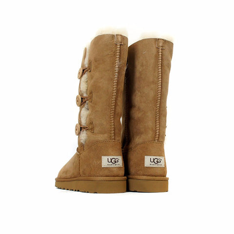 UGG Australia Bailey Button Triplet (Chestnut) Kids  1962