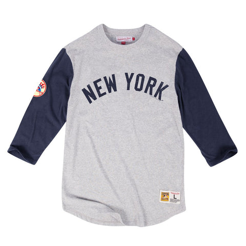New York Yankees MLB Mitchell & Ness Grey Scoring Position 3/4 Sleeve Shirt