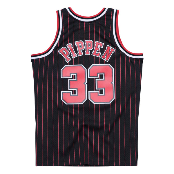 Scottie Pippen 1995-96 Chicago Bulls Mitchell & Ness Alt Black Swingman Jersey