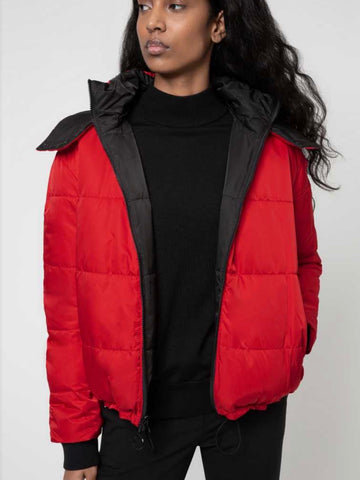 Short-length Reversible jacket with contrast hood