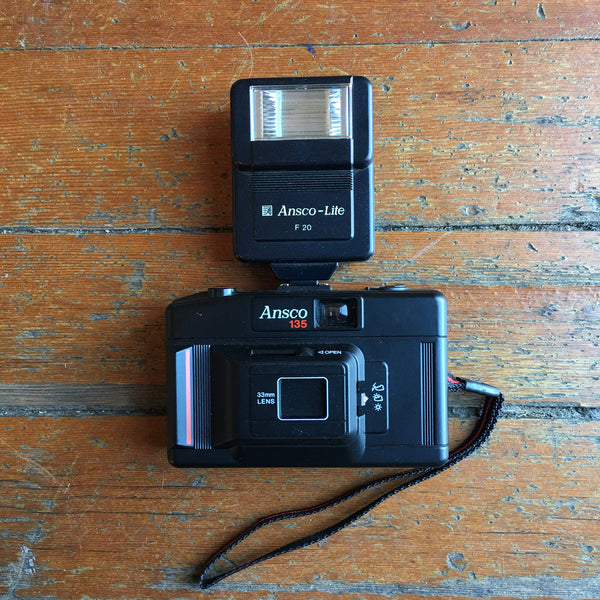 Ansco 135 camera w/ Flash