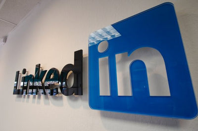 THE LINKEDIN BASICS FOR UNIVERSITY STUDENTS