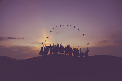 WHAT TO DO BEFORE GRADUATION TO SET YOURSELF UP FOR SUCCESS
