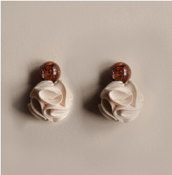 Little Rose Earrings - Beige