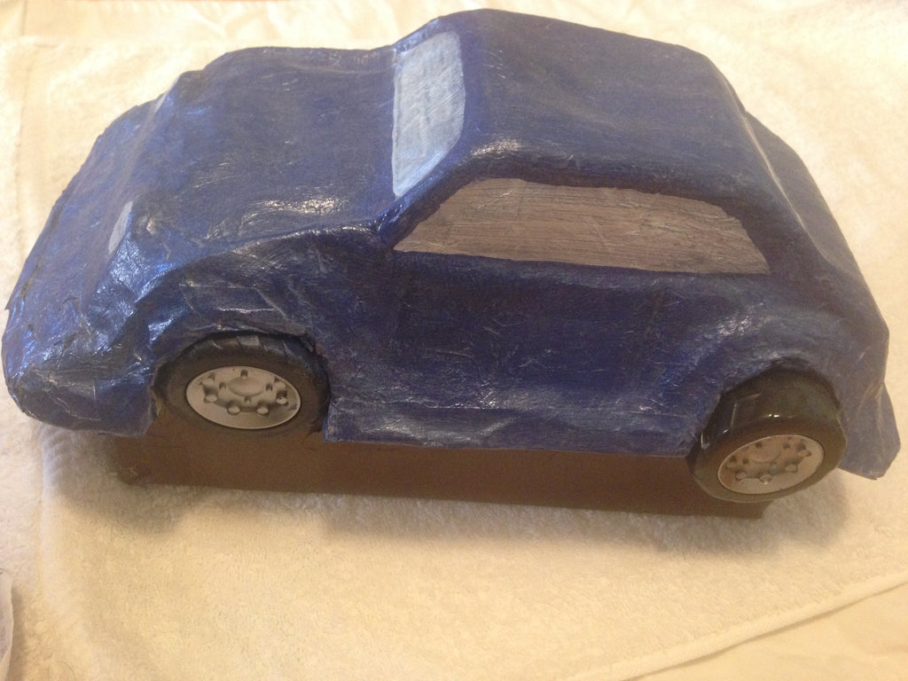 Alioot adult piggy bank - car paper mache